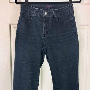 NYDJ l Dark wash Jeans l Size 6